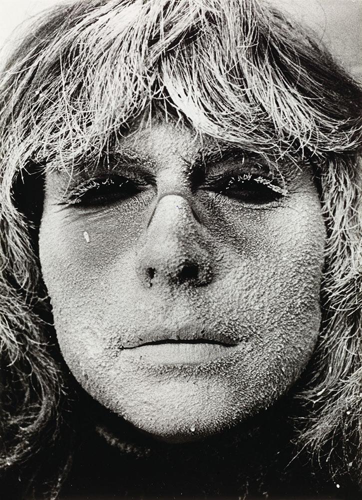 Ladik Katalin: Poemask body art, 1978